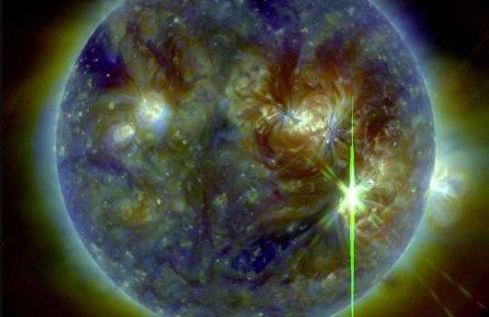 La più grande eruzione solare del decennio